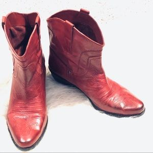 Franco Sarto Red Waco Short Boots Sz 9.5